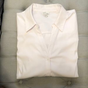 ELLE - White Button Up - Long Sleeved - SZ large